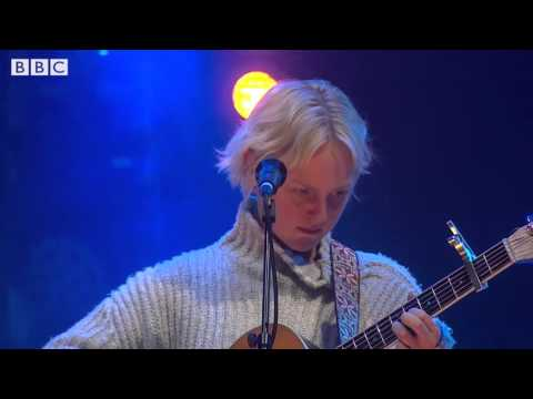 Laura Marling - I Feel Your Love (6 Music Festival 2016)