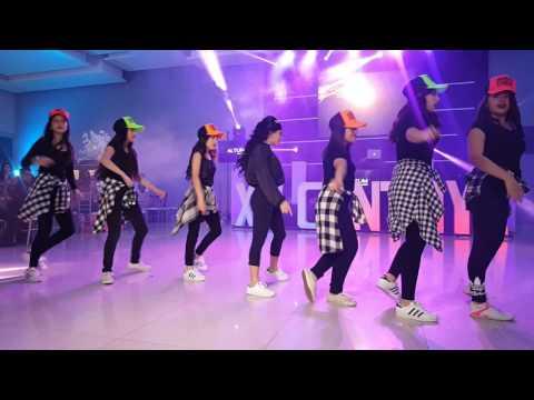 remix quinceañera con damas