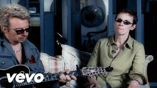 Eurythmics - 17 Again (Acoustic Version)