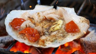 Japanese Street Food - OSAKA SEAFOOD Giant Scallops, Oysters, Sea Urchin Japan