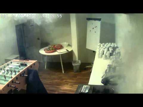 Happy Y-cam Homemonitor Customer - caught on camera a 'big bang'