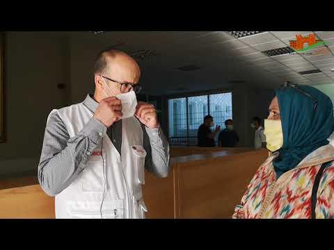 مندوب وزارة الصحة و مدير المستشفى حول تطورات الوباء بالإقليم
