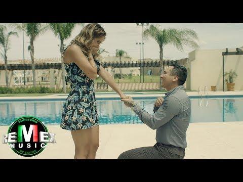 Edwin Luna y La Trakalosa de Monterrey - Dime que sí - versión banda (Video Oficial)
