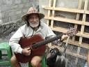 ECUADOR. Musico y poeta de las Islas Galapagos