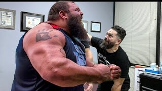 STRONGEST MEN IN HISTORY: ROBERT OBERST gets his back HAMMERED by Chiropractor