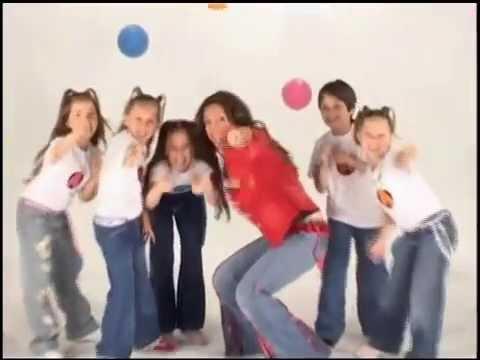 ENGANCHADO TALLARIN  - Cantando con Adriana - canciones infantiles