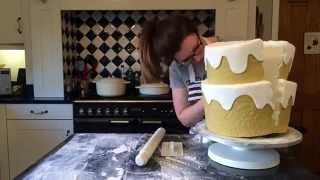 Split-in-Half Cake - Splitting cake