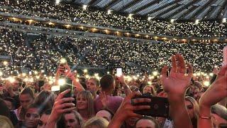 Ed Sheeran Performing Perfect Live | Crowd Singing | Wembley Divide tour *LIVE PROPOSAL*