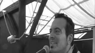 Bekijk video 1 van Jim the Piano Traveller op YouTube