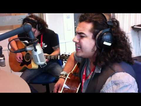 Baixar Chris Medina - What are words, live acoustic