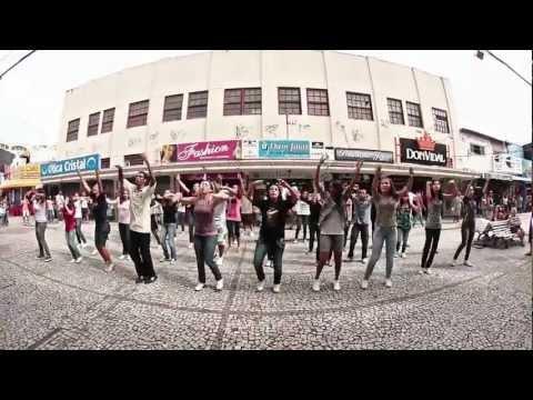 Baixar Aline Barros - Sonho de Cristo  [ Flash Mob ]