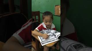 my student practice reading, reading English