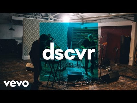 Klangstof - Seasons - Vevo dscvr (Live)