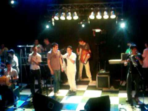 La Banda De Carlitos - Olvídame Tu - Pienso En Ti - Con Diego Olmos - En Vivo En La Metro16/01/2010