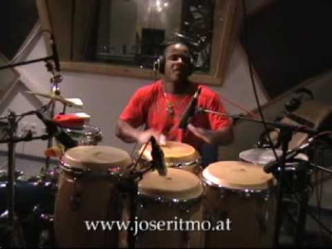 Jose Ritmo demostration congas