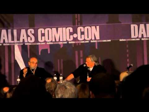 Tony Amendola singing at Dallas Comic Con - YouTube