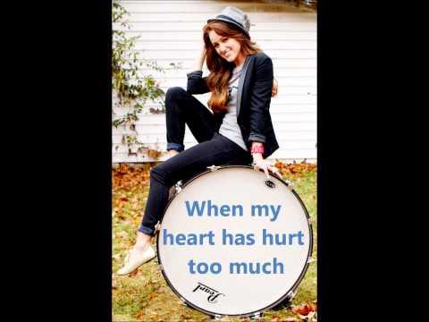 Baixar Britt Nicole-Stand-Lyrics