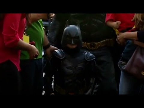 Batkid Comes To Gotham City's Rescue! - Smashpipe News