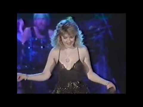 Stevie Nicks - Stop Draggin My Heart Around (Live '83)