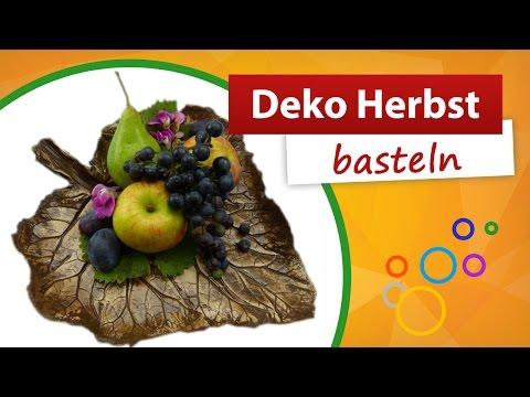 Diy vasen mit blechdosen f r h bsche herbst dekos deko for Deko kitchen herbstdeko
