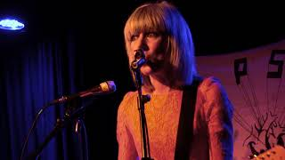 The Lovely Eggs - Live at the Lexington 2011