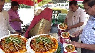 Delhi ke Special Chole Kulche | 20 rs me 2 Piece | Street Food Heaven in India