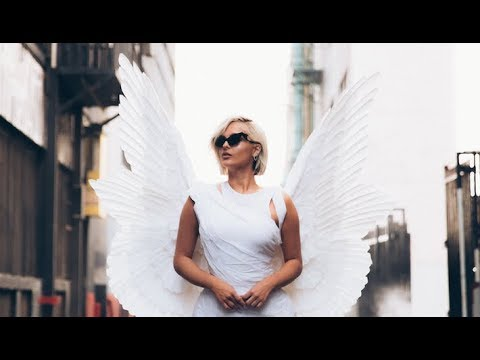 Bebe Rexha - Last Hurrah (Official Vertical Video)