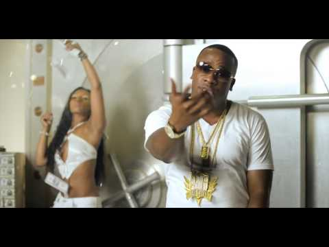 Baixar Akon Feat Yo Gotti - We On Official Music Video (HD) 2013