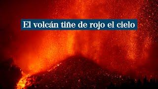 El volcán Cumbre Vieja tiñe el cielo de La Palma de rojo