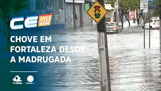 Agora na Heráclito Graça: Chove em Fortaleza desde a madrugada
