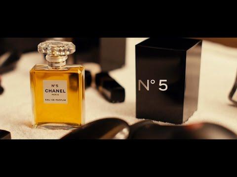 CHANEL N°5 Set: The Fragrance