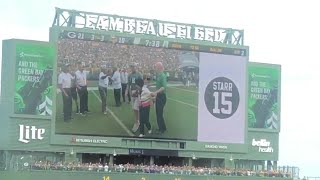 WATCH: Halftime ceremony honoring Packers legend Bart Starr