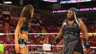 Raw: Kelly Kelly vs. Brie Bella