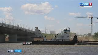 Террористы захватили грузовое судно в речном порту