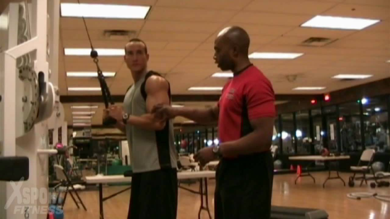 Cable Tricep Extension with Rope - YouTube