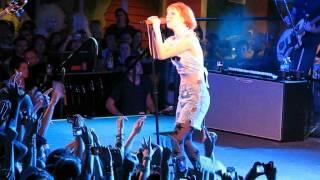 2/13 Paramore - Miracle @ Parahoy #2, 3/09/14