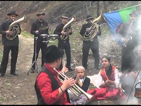 Erhan Veliov & Roma Brass Band - Erhan Veliov - ROMA BRASS BAND - Ej Romale