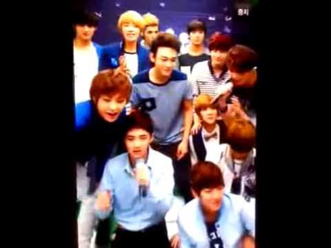 120810 EXO SM. Art Exhibition - Singing Karaoke