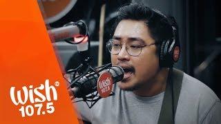"""December Avenue performs """"Sa Ngalan ng Pag-ibig"""" LIVE on Wish 107.5 Bus"""