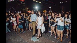 Cầu hôn lãng mạn độc nhất ở Nguyễn Huệ Timesquare [Full HD]