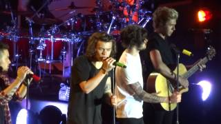 One Direction - Night Changes (On The Road Again Tour 2015 Hong Kong)