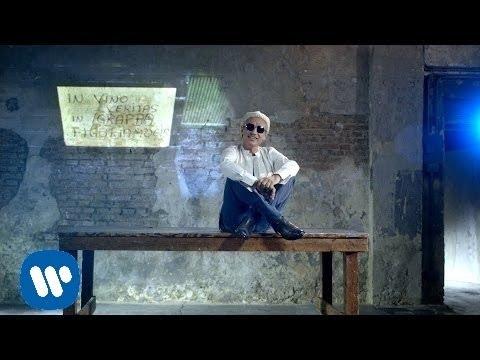 Italian love songs luciano ligabue regalami il tuo for Regalami il tuo sogno testo