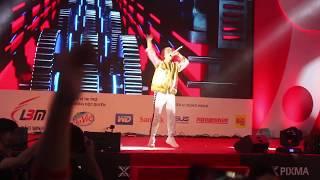 Chúng ta không thuộc về nhau LIVE - Sơn Tùng MTP - Canon Expo 2017 VietNam- Fancam 27/10