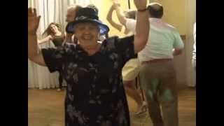 FLIRT  Ona tańczy