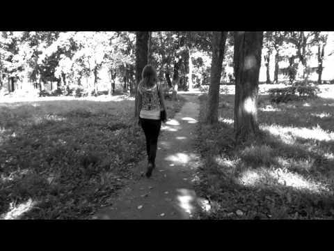 Velvet - Prodavec Kukol Вельвеt - Продавец Кукол (Wudu Budu Studio)