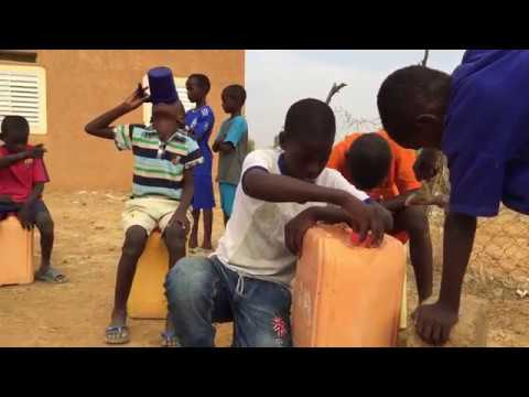 Video: Kids in Mauritania do the #mannequinchallenge.  World Vision has been helping kids in the country since 1970.