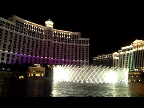 Видео HTC Sensaton XL - музыкальные фонтаны Bellagio в Лас-Вегасе