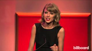 Taylor Swift accepts Billboard's Woman of the Year