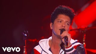 Bruno Mars - That's What I Like (LIVE from the 59th GRAMMYs)