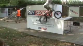Mountain bike trials at london freewheel